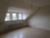 Gepflegtes Dreifamilienhaus - Doppelhaushälfte - Zimmer DG