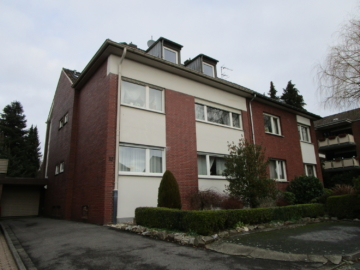 Gepflegtes Dreifamilienhaus – Doppelhaushälfte, 52249 Eschweiler, Mehrfamilienhaus
