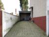 Gepflegtes Mehrfamilienhaus in Alsdorf-Mariadorf - Einfahrt/Carport