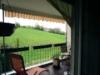 Gut geschnittene und gepflegte Hochpaterre-Wohnung - Blick vom Balkon
