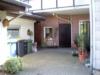 geräumiges Einfamilienhaus - Hof mit Anbau