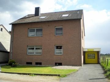 Geräumige Eigentumswohnung am Stadtrand von Eschweiler, 52249 Eschweiler, Etagenwohnung