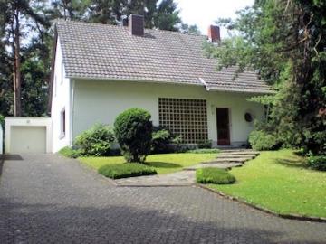 Freistehendes Einfamilienhaus in sehr guter Wohnlage, 52249 Eschweiler, Einfamilienhaus