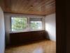 Gepflegte und gediegene 3-Zimmer-Wohnung in ruhigem 3-Familien-Wohnhaus in Eschweiler-Hastenrath - Schlafzimmer1
