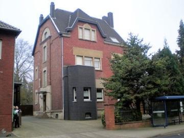 Jugenstil-Villa am Rande von Eschweiler, 52249 Eschweiler, Zweifamilienhaus