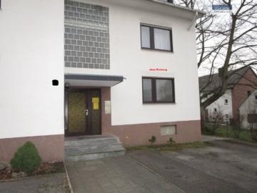 Hier lässt es sich leben! Gut geschnittene 3-Zimmer-Wohnung in Hochpaterre, 52249 Eschweiler, Erdgeschosswohnung
