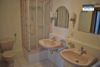 Schöne 3-Zimmerwohnung mit Weitblick und Aufzug - Bad