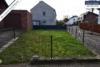 Sehr gepflegtes, freistehendes 1-2 Familienhaus mit 3 Garagen in ruhiger Wohngegend - Rasenfläche