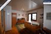 Sehr gepflegtes, freistehendes 1-2 Familienhaus mit 3 Garagen in ruhiger Wohngegend - Zimmer 2 OG