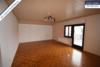Sehr gepflegtes, freistehendes 1-2 Familienhaus mit 3 Garagen in ruhiger Wohngegend - Zimmer 1 OG