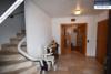 Sehr gepflegtes, freistehendes 1-2 Familienhaus mit 3 Garagen in ruhiger Wohngegend - Vordiele