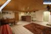 Sehr gepflegtes, freistehendes 1-2 Familienhaus mit 3 Garagen in ruhiger Wohngegend - Partykeller
